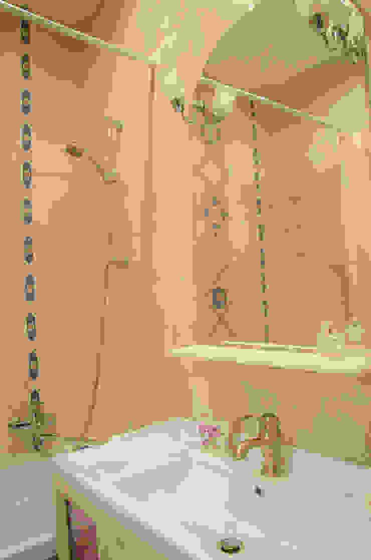 Реализация. Квартира 45 кв.м. на Романова Ванная комната в скандинавском стиле от Студия дизайна Виктории Силаевой Скандинавский