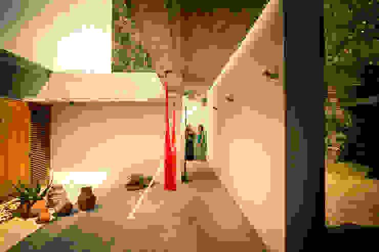 Casa Meztitla Dormitorios clásicos de EDAA   Estrategias para el Desarrollo de Arquitectura Clásico