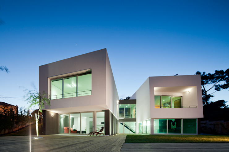 Houses by Empty Space architecture,