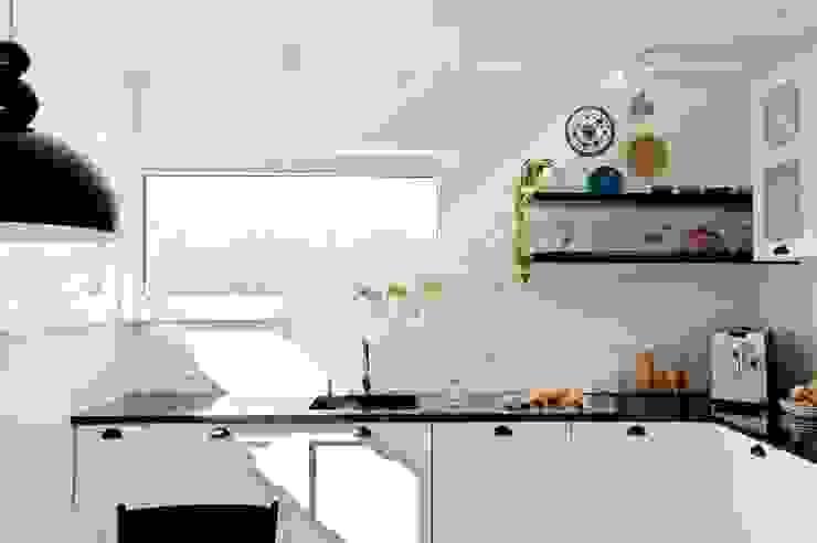 クラシックデザインの キッチン の PRACOWNIA PROJEKTOWA Ewelina Kot クラシック
