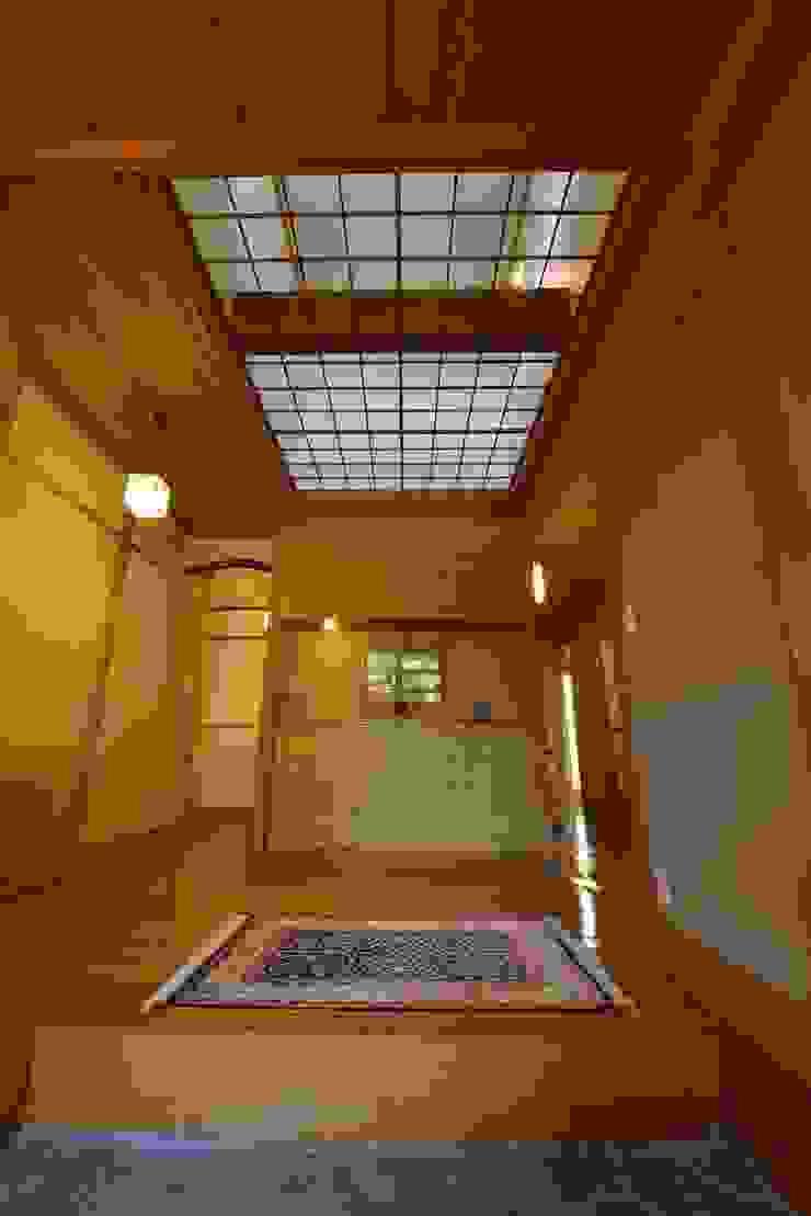 御用堀の家 和風の 玄関&廊下&階段 の ISO設計室 和風