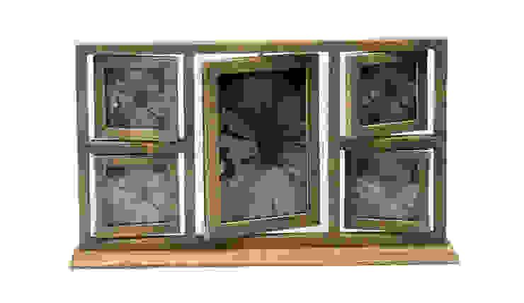 Фоторамка (5 фотографий) V704 от LeHome Interiors Классический Дерево Эффект древесины