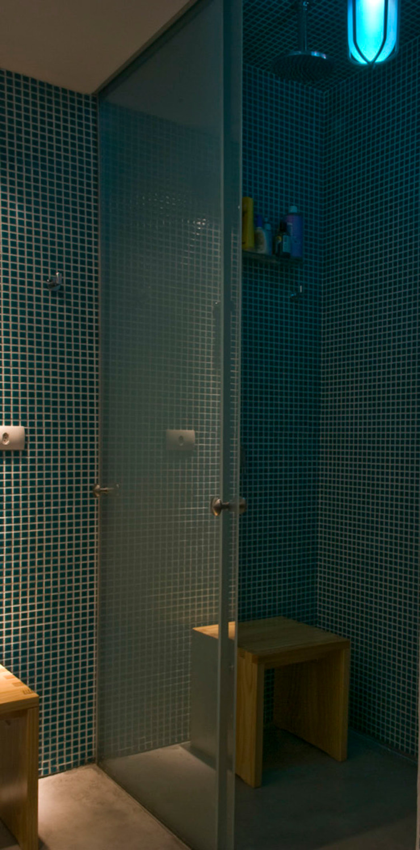 Interior | Apartamento – IV Banheiros minimalistas por ARQdonini Arquitetos Associados Minimalista