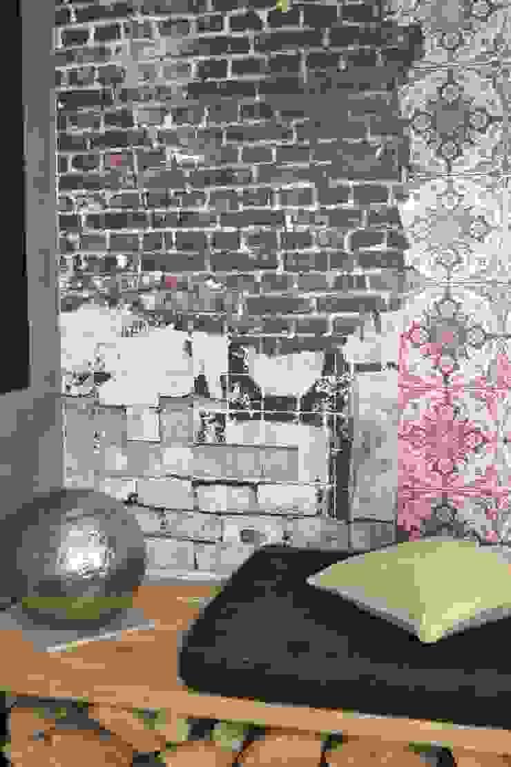 Salon habitation principale Salon original par KREA Koncept Éclectique