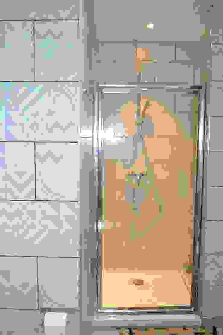 Salle d'eau chambre Arty Salle de bain originale par KREA Koncept Éclectique