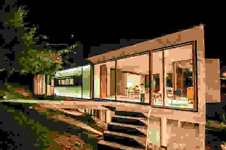 Moderne huizen van Arq. Santiago Viale Lescano Modern