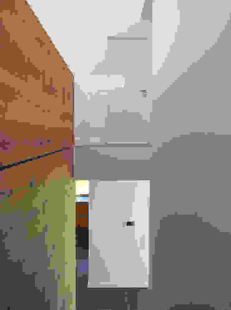 Treppe / Galerie Moderner Flur, Diele & Treppenhaus von Fichtner Gruber Architekten Modern