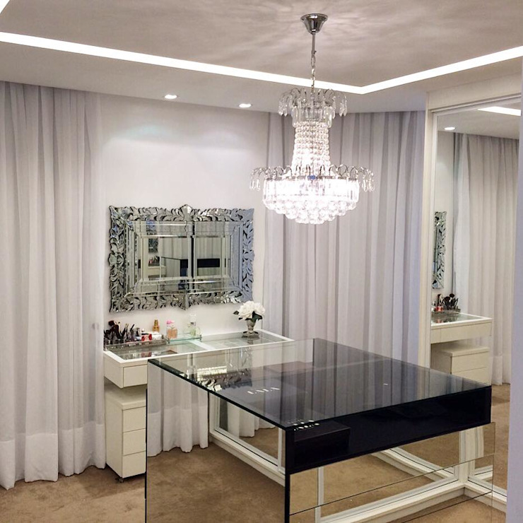 Modern style dressing rooms by Palloma Meneghello Arquitetura e Interiores Modern