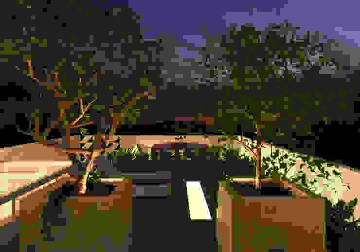 Casa L.&J. Varandas, alpendres e terraços modernos por Macro Arquitetos Moderno