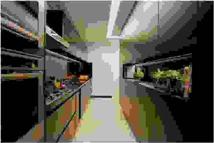 Cozinha - All Black Cozinhas modernas por Palloma Meneghello Arquitetura e Interiores Moderno