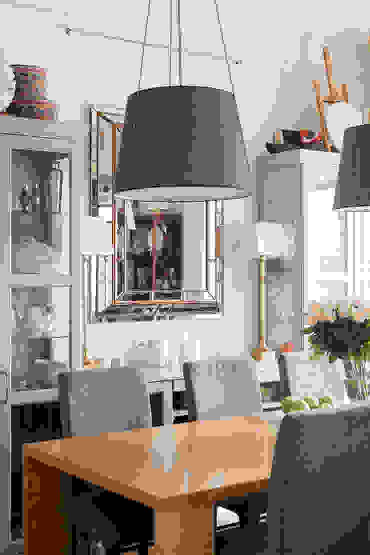 Фрунзенская 24 Столовая комната в классическом стиле от KA Классический