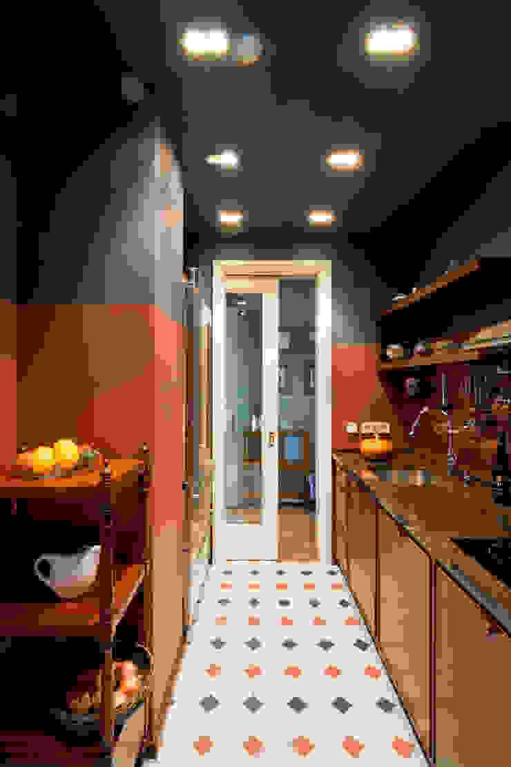 Фрунзенская 24 Кухня в классическом стиле от KA Классический