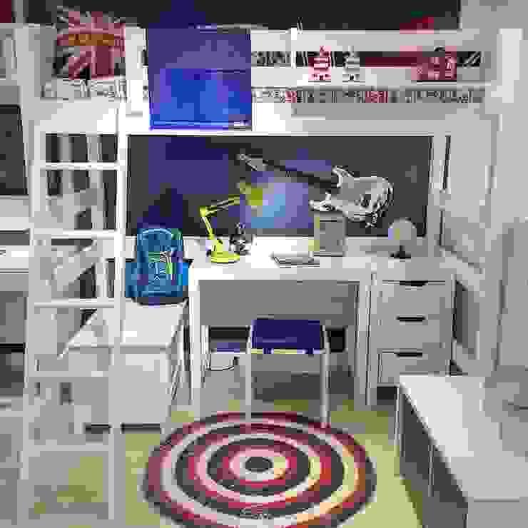 Cama Alta Infantil com Ambiente de estudos por INTERCASA MÓVEIS INFANTIS E JUVENIS Moderno Madeira Efeito de madeira