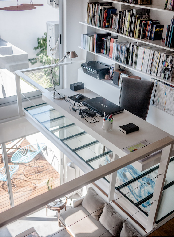 Depto FL Estudios y oficinas modernos de MeMo arquitectas Moderno