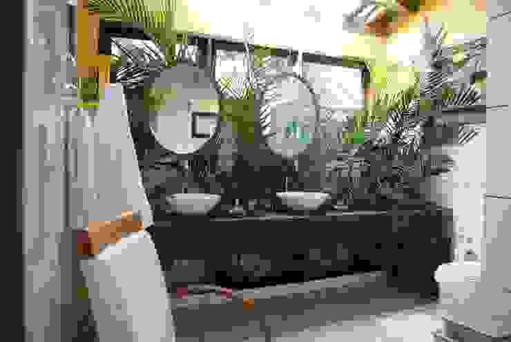 Rustikale Badezimmer von Daniela Zuffo Arquitetura e Interiores Rustikal