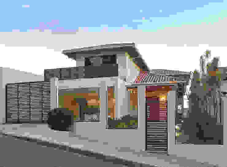 منازل تنفيذ Isabela Canaan Arquitetos e Associados, حداثي