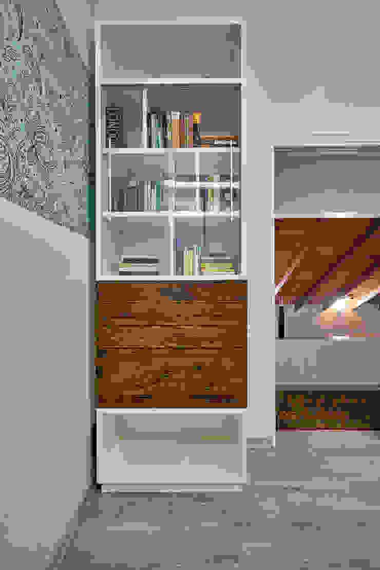 Estudios y despachos de estilo moderno de Isabela Canaan Arquitetos e Associados Moderno