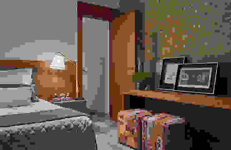 Phòng ngủ phong cách hiện đại bởi Isabela Canaan Arquitetos e Associados Hiện đại