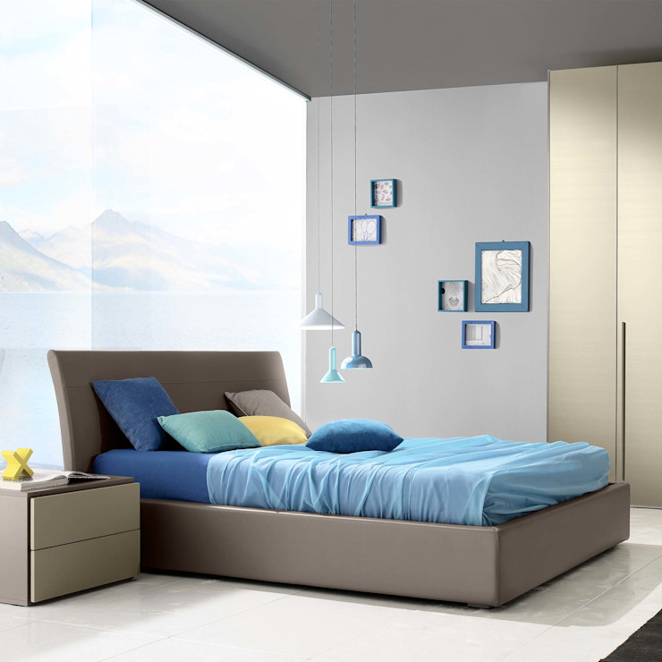 'Daisy' upholstered bed by Confort Line homify BedroomBeds & headboards Leather Beige