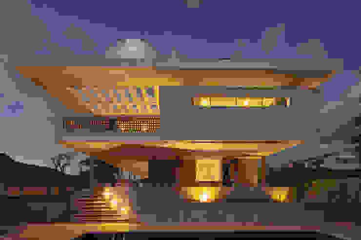 JPGN House Casas estilo moderno: ideas, arquitectura e imágenes de MGS - Macedo, Gomes & Sobreira Moderno