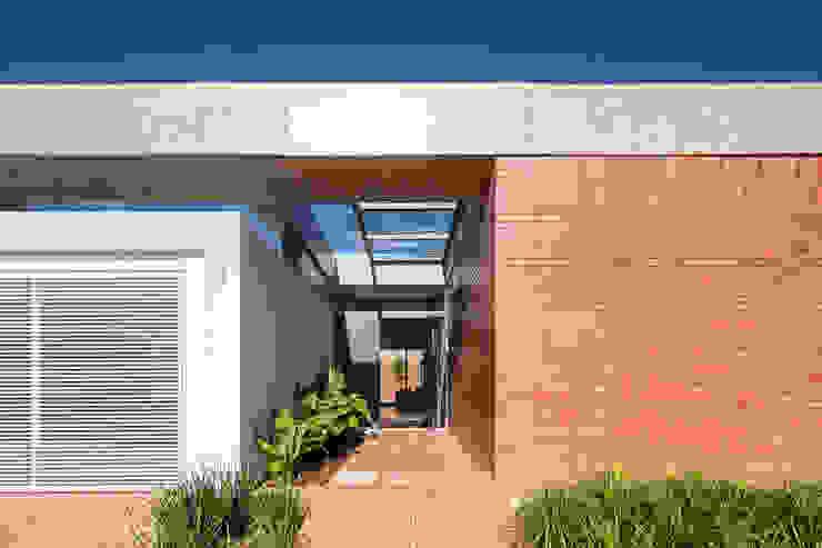 Casa Malva, Bloco Arquitetos Casas modernas por homify Moderno