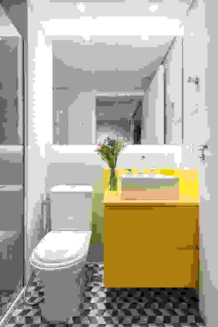 Apartamento Trama, Arquiteta Clarice Semerene Banheiros modernos por Joana França Moderno