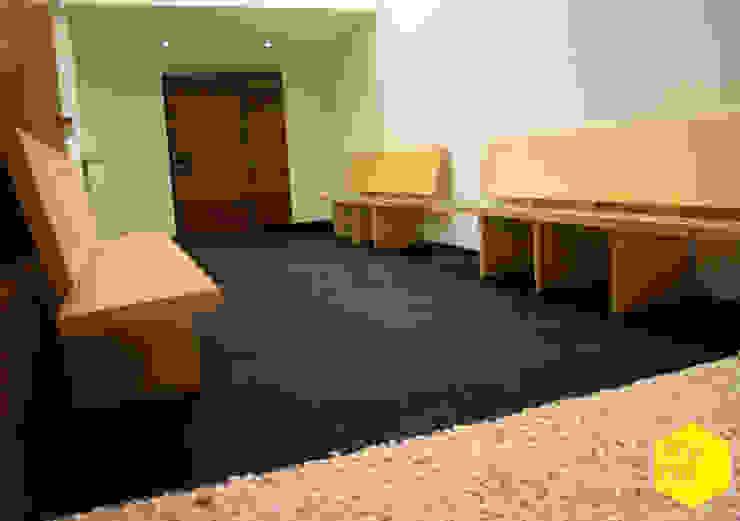 Recepción Pasillos, vestíbulos y escaleras minimalistas de ZTUDIO-ARQUITECTURA Minimalista