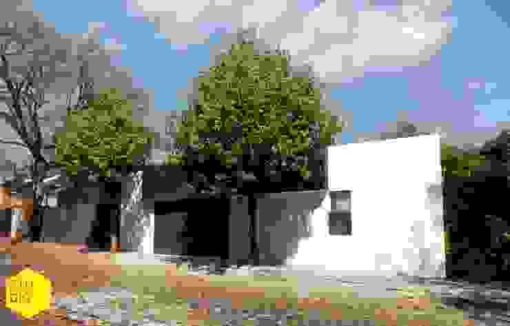 Fachada principal Casas minimalistas de ZTUDIO-ARQUITECTURA Minimalista