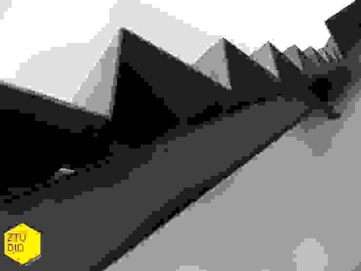 Escaleras Casas minimalistas de ZTUDIO-ARQUITECTURA Minimalista