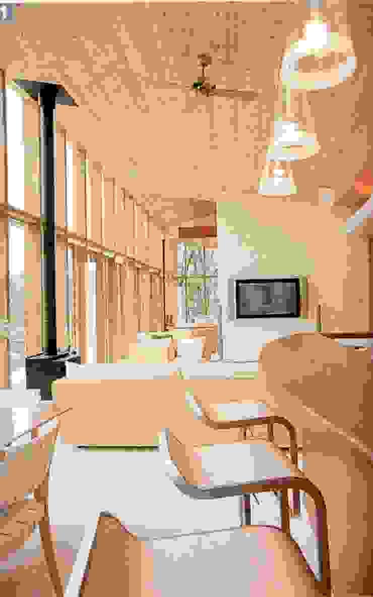 室内 モダンデザインの リビング の 一級建築士事務所ATELIER-LOCUS モダン