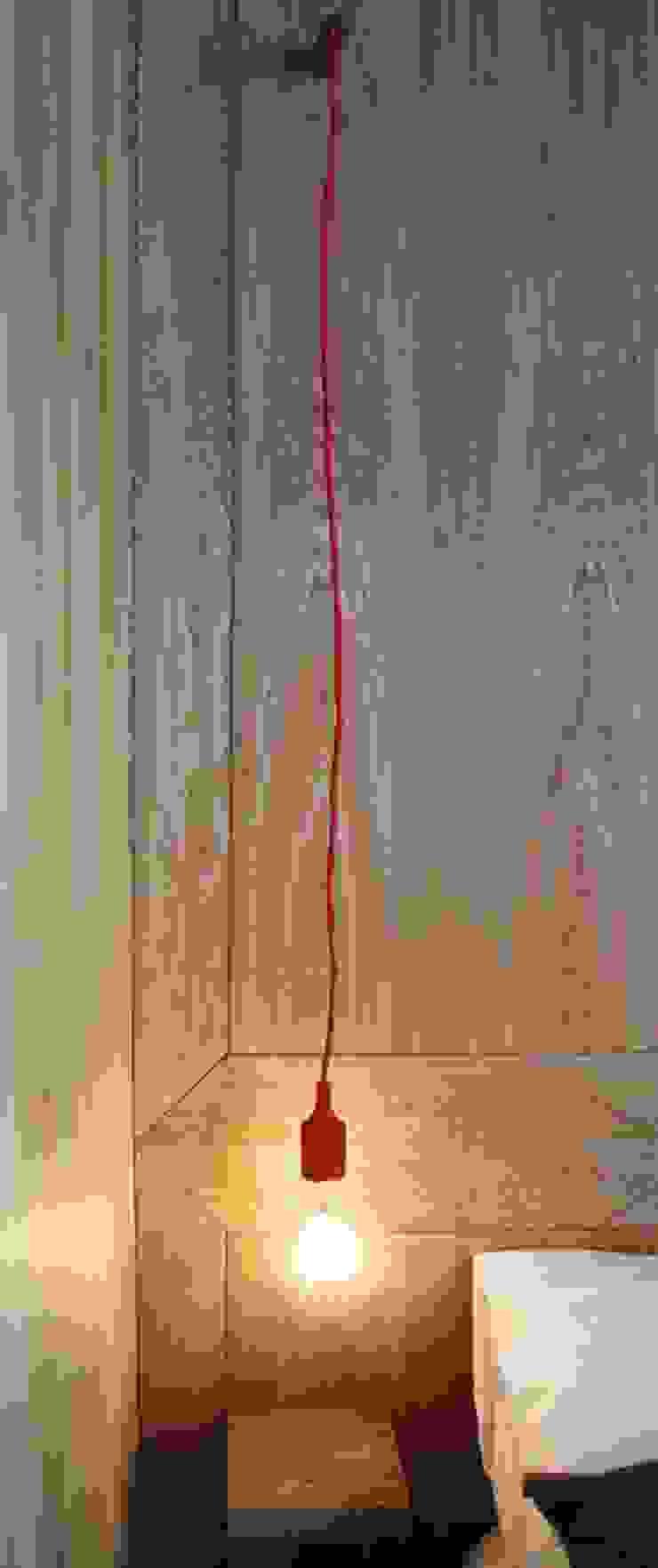 Estudi ramis Ingresso, Corridoio & Scale in stile minimalista