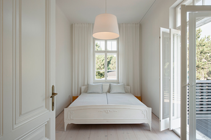 Sanierung Jugendstilvilla in Perchtoldsdorf Chambre classique par illiz architektur Wien Zürich Classique