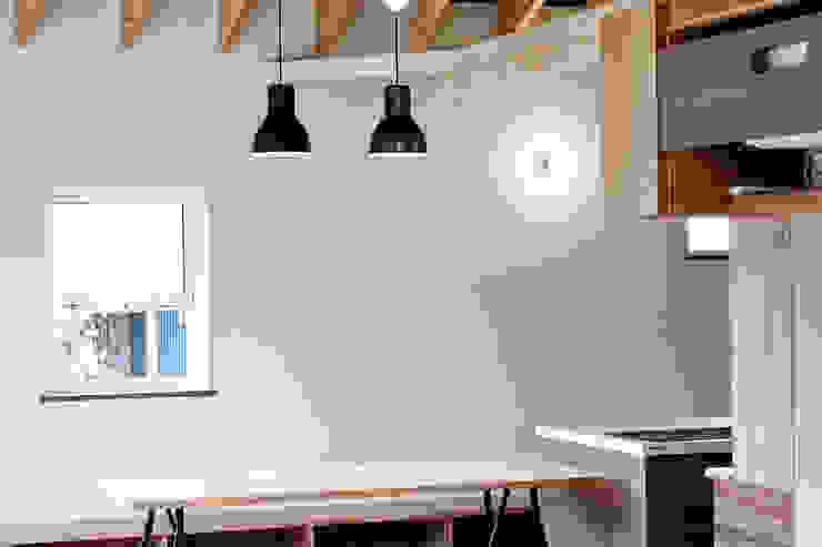 10*10_Haus ラスティックデザインの ダイニング の 有限会社 法澤建築デザイン事務所 ラスティック