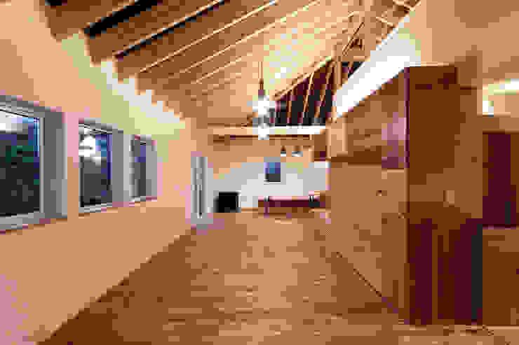 10*10_Haus ラスティックデザインの リビング の 有限会社 法澤建築デザイン事務所 ラスティック