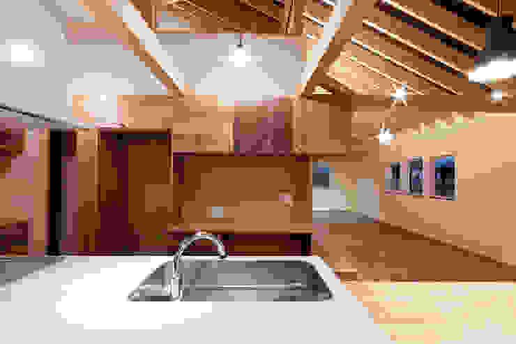 10*10_Haus ラスティックデザインの キッチン の 有限会社 法澤建築デザイン事務所 ラスティック