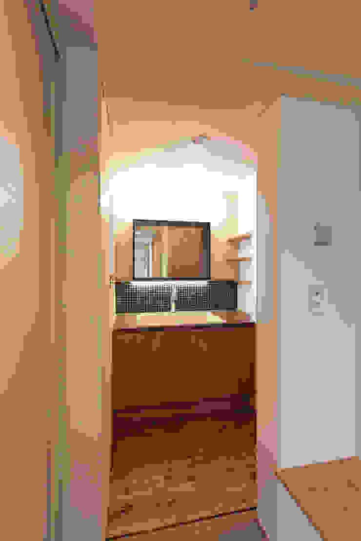 10*10_Haus ラスティックスタイルの お風呂・バスルーム の 有限会社 法澤建築デザイン事務所 ラスティック