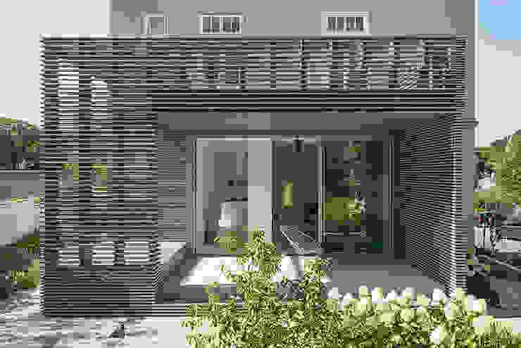 Sanierung Jugendstilvilla in Perchtoldsdorf โดย illiz architektur Wien Zürich คลาสสิค
