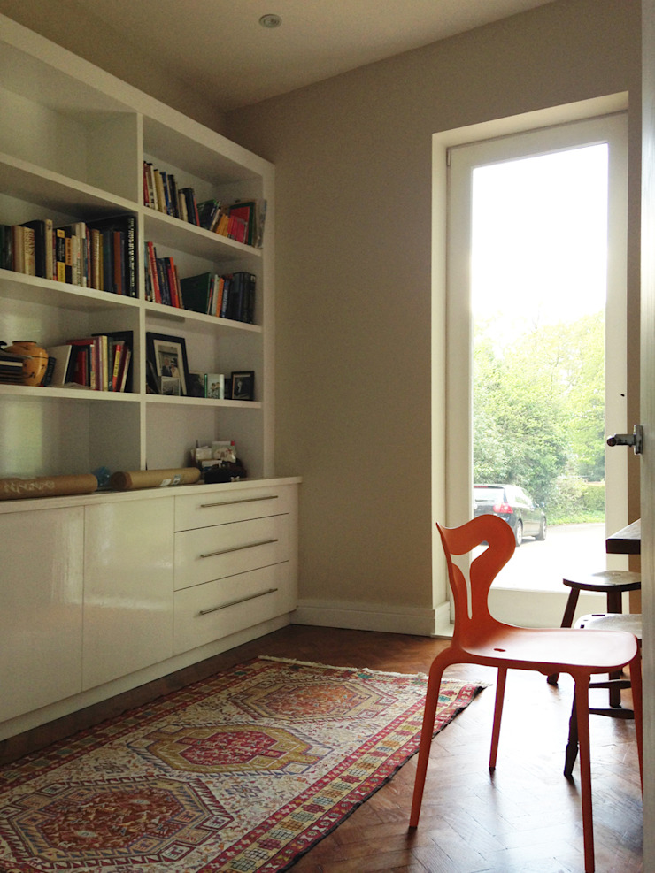 The Study featuring Parquet Floor and Full Height Glazing Ruang Studi/Kantor Modern Oleh ArchitectureLIVE Modern