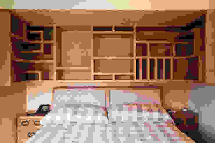 Mueble H.S. de C+C | STUDIO Clásico Madera Acabado en madera