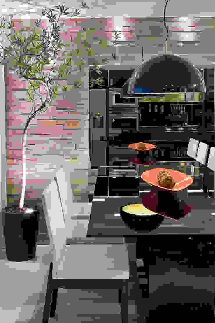 Duplex Costa Salas de jantar modernas por Renata Dutra Arquitetura Moderno