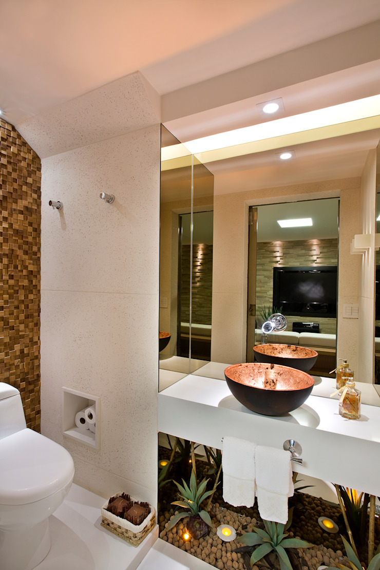 Duplex Costa Banheiros modernos por Renata Dutra Arquitetura Moderno