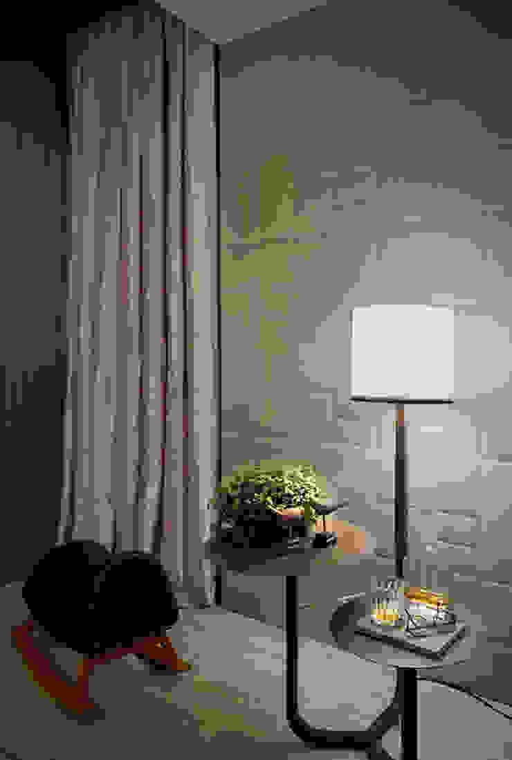 Home Theater – Ambiente CASA COR SC 2015 Salas multimídia modernas por Spengler Decor Moderno