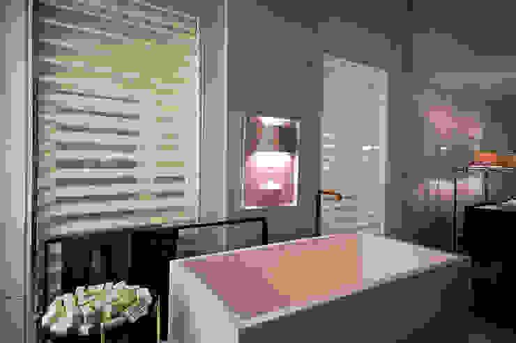 Penthouse Concept Loft- Ambiente CASA COR C 2015 Banheiros modernos por Spengler Decor Moderno