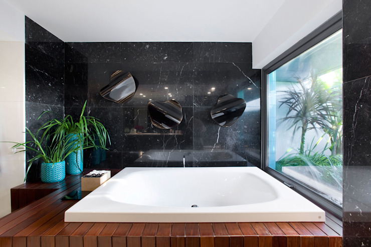 Bathroom by GAVINHO Architecture & Interiors,