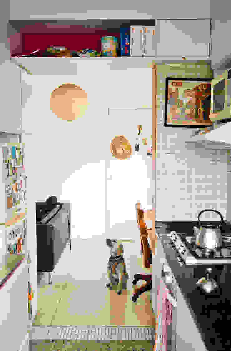Apartamento en Las Acacias Cocinas de estilo moderno de PUNCH TAD Moderno