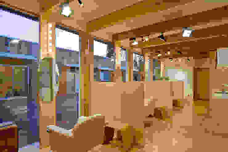 齋藤邸 北欧スタイル 窓&ドア の 株式会社深田建築デザイン研究所 北欧