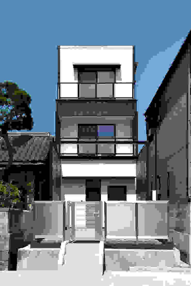 株式会社深田建築デザイン研究所 Moderne Häuser