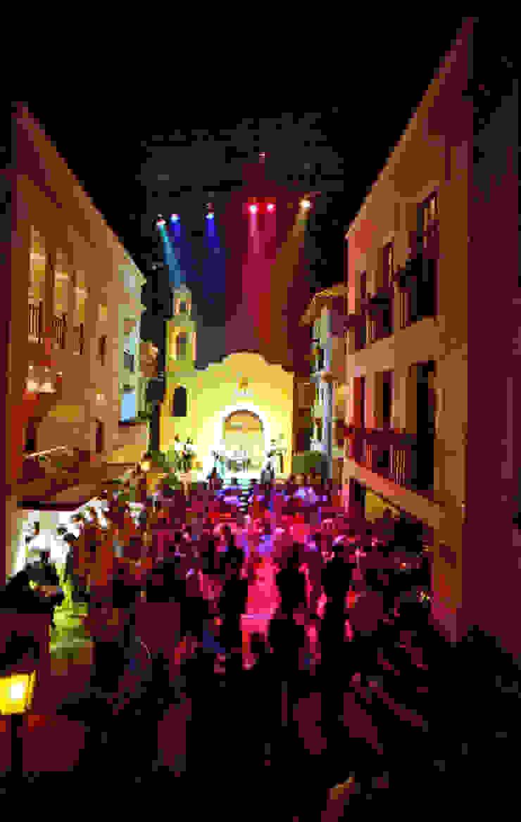 Baribaldi Bares y clubs de estilo rústico de Boué Arquitectos Rústico