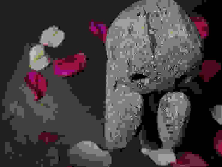 XIPE TOTEC de PARS Moderno Piedra