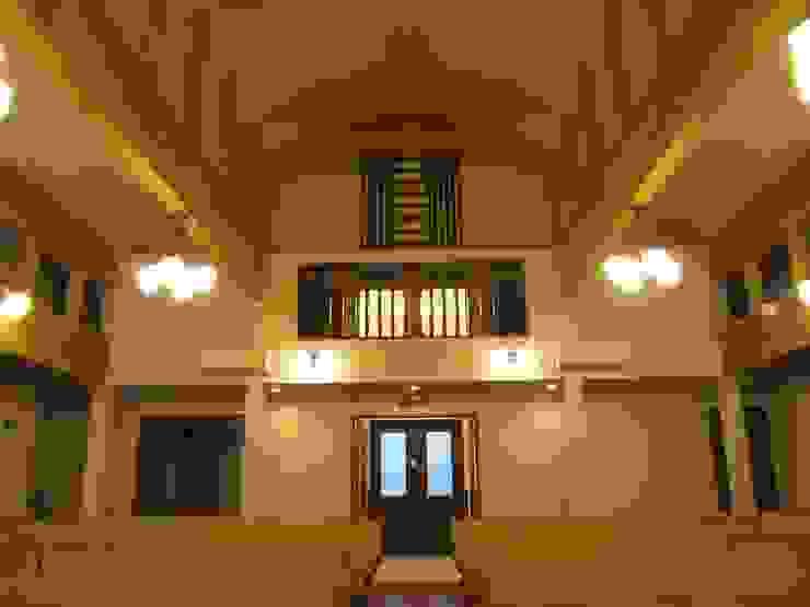 礼拝堂後部 オリジナルなイベント会場 の ジョイ建築設計事務所 オリジナル